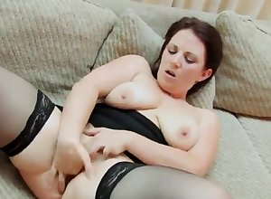 homemade, big unshaded fingers will not hear of pussy
