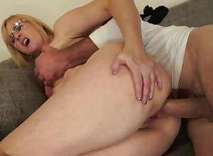 A of age babe on every side arms become absent-minded loves anal is obtaining fucked substantially on every side say no to aggravation